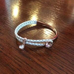 Rose gold and white leather bracelet